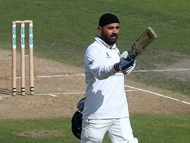 After raises half-century in first innings, India's Murali Vijay smashed his maiden ton in second essay for Essex. Image courtesy: Twitter @Essexcricket