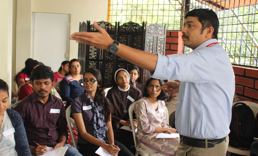 Dr Aravind E Raj, Associate Professor, National Institute of Mental Health and Neuro Sciences at a training session for volunteers working in flood ravaged Kerala and Kodagu on Psychological First Aid. Image by Reshmi Chakraborty