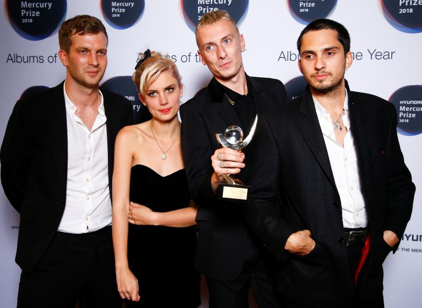Members of the band Wolf Alice pose with an award after being announced winners of the Mercury Prize 2018 at the Hammersmith Apollo in London, Britain, September 20, 2018. REUTERS/Henry Nicholls - RC1BE19C50F0