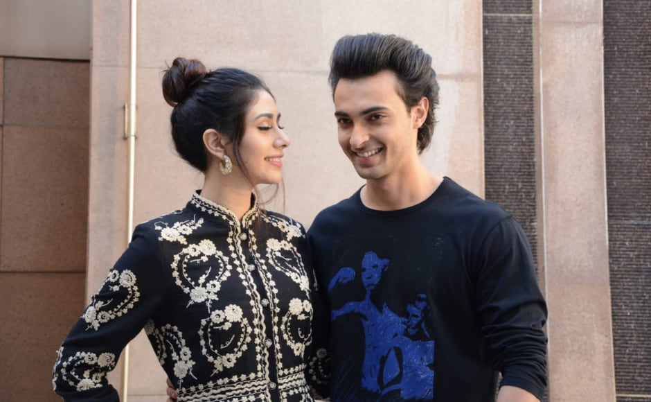 Aayush Sharma and Warina Hussain visited Jhulelal Institue of Technology during Loveyatri promotions
