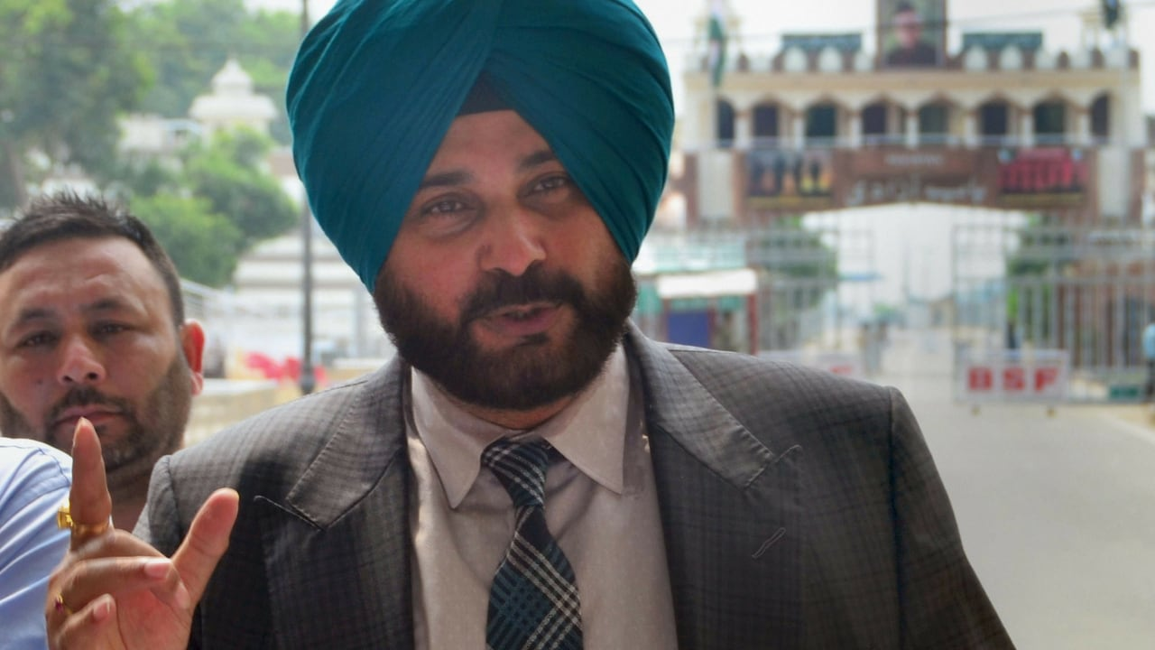 Navjot Singh Sidhu asked to leave The Kapil Sharma Show after backlash over Pulwama comment, say unconfirmed reports