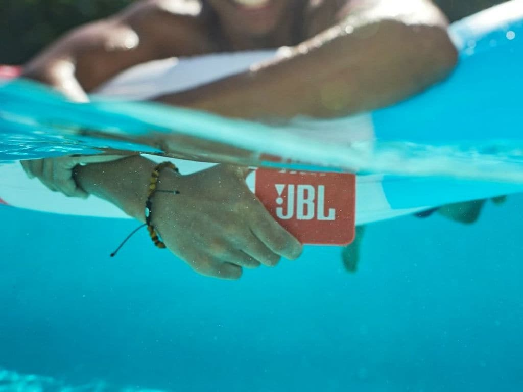 Jbl Go 2 Review A Small Waterproof Bluetooth Speaker With Clear Sound Low Bass Tech Reviews Firstpost