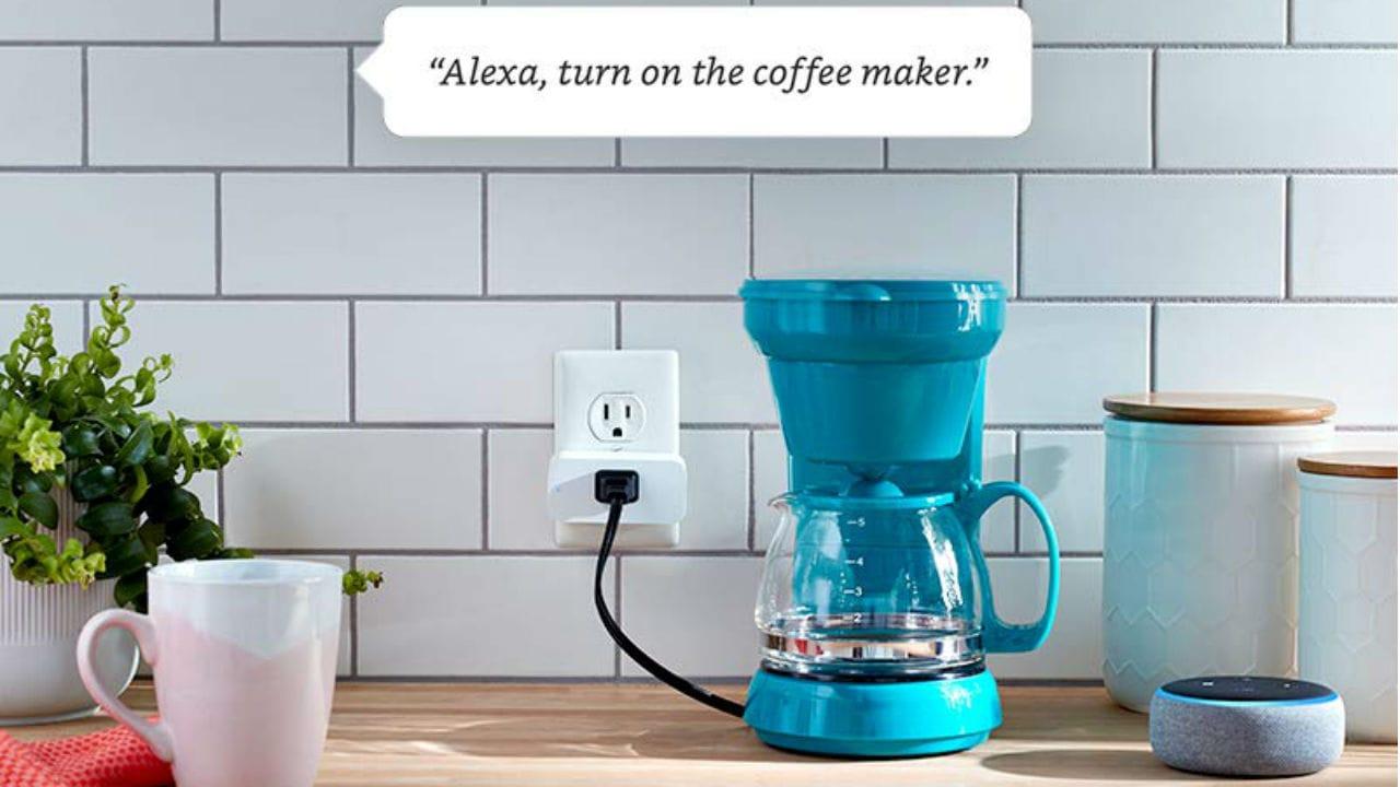 Smart Plug. Amazon.