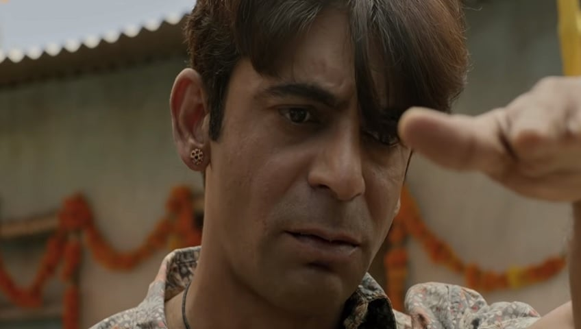 Sunil Grover in a still from Pataakha. YouTube