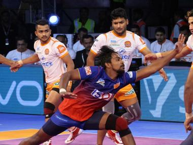 Dabang Delhi will look to move into third position in Zone A in the Pro Kabaddi League with a win over Haryana Steelers. Image Courtesy: PKL