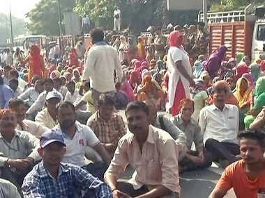 EDMC sanitation workers call off strike after civic body agrees to demands of timely payment of salaries, clearance of dues