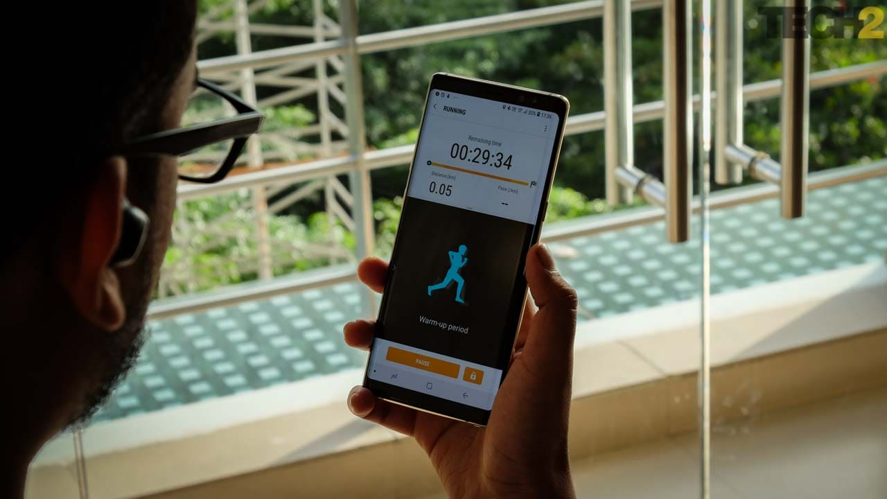 The fitness tracking features are limited, but great if you don't have any other sort of tracker. Image: tech2/Anirudh Regidi