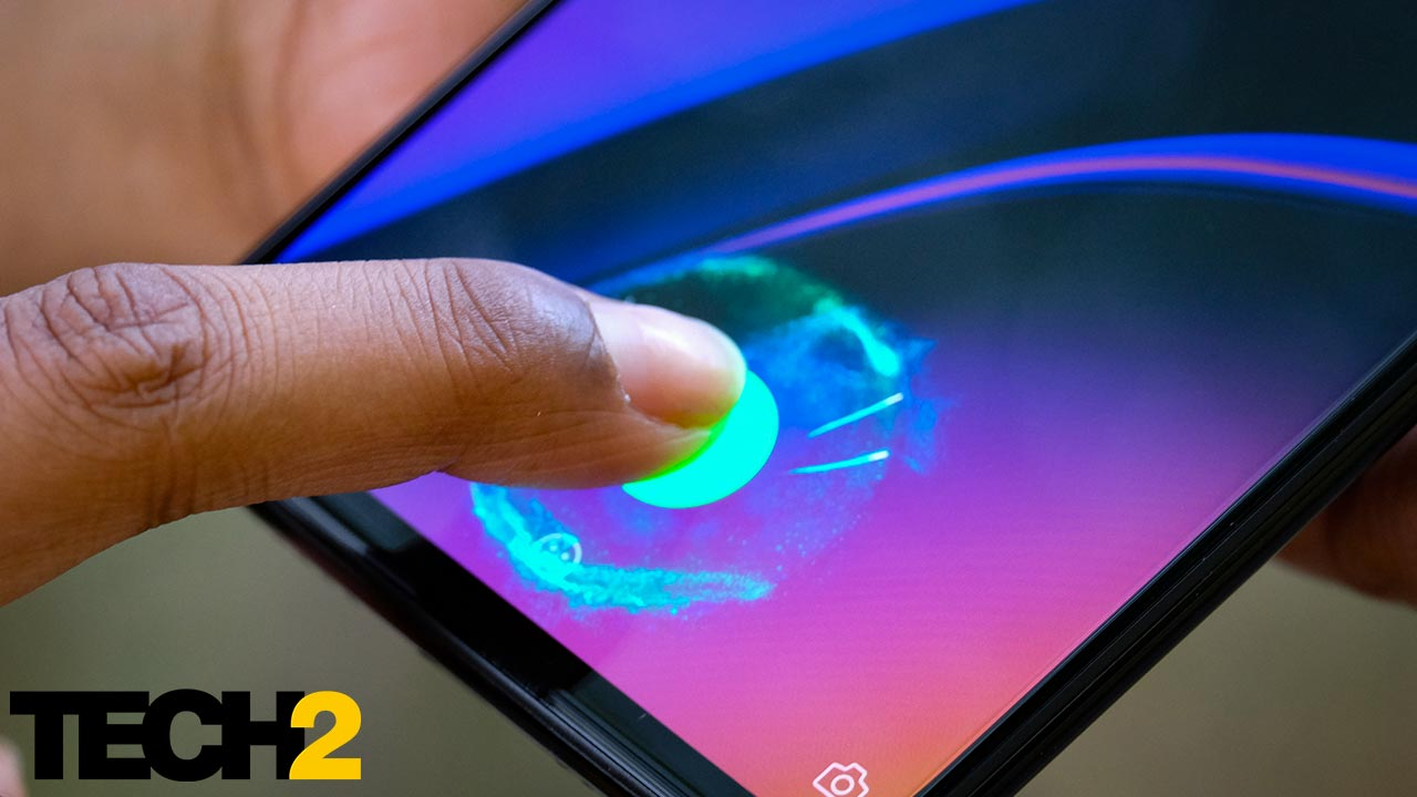 The ultrasonic fingerprint scanner on the OnePlus 6T is slow and not very reliable. Image: Tech2/Anirudh Regidi