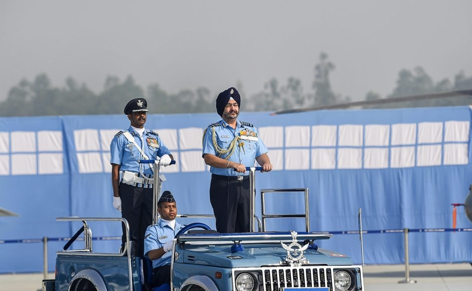 To mark the 86th Indian Air Force Day, a grand parade-cum-investiture ceremony was held at Indian Air Force station in Hindon, Ghaziabad. Air Chief Marshal BS Dhanoa, Chief of the Air Staff, reviewed the ceremony. PTI