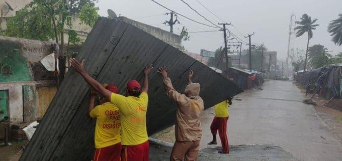 divulge-https://images.firstpost.com/wp-content/uploads/2018/10/cyclone.jpeg
