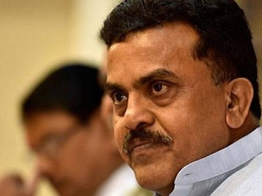 Mumbai will come to a standstill if North Indians stops working, says Sanjay Nirupam; Shiv Sena claims city belongs to Marathi manoos