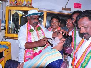 Election campaign: TRS justifies spoon-feeding, bathing voters and other strange tactics as strategy to gain media attention