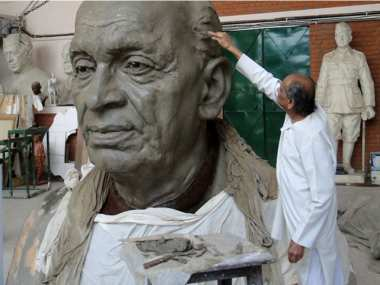 File image of Ram Vanji Sutar, the sculptor behind the Statue of Unity. News18