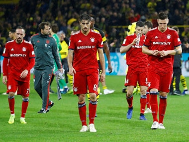 Soccer Football - Bundesliga - Borussia Dortmund v Bayern Munich - Signal Iduna Park, Dortmund, Germany - November 10, 2018 Bayern Munich players look dejected after the match REUTERS/Kai Pfaffenbach DFL regulations prohibit any use of photographs as image sequences and/or quasi-video - RC1C120069A0