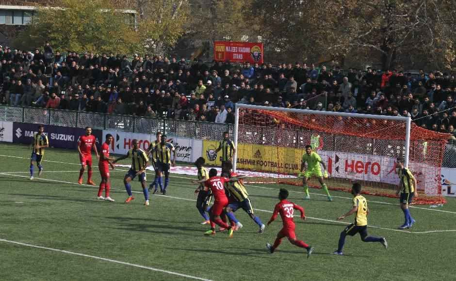 Churchill Brothers had their goalkeeper James Kithan sent off just before half-time, but they held on gamely despite the pressure from the home side. Image: Sameer Mushtaq