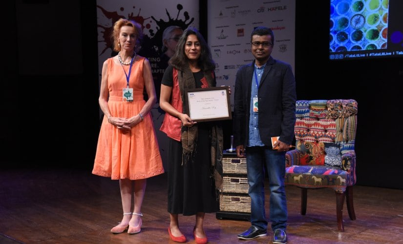 Anuradha Roy receiving the Tata Literature Live! Fiction Book Of the Year Award for her book 'All The Lives We Never Lived' from the fiction jury members Soumya Bhattacharya, author and managing editor, Hindustan Times and Georgina Brown, theatre critic and journalist.