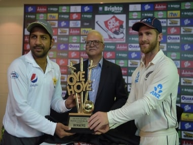 Pakistan vs New Zealand, Highlights, 1st Test at Abu Dhabi, Day 1, Full Score Card: Hosts trail by 94 on Day 1 after poor Kiwi show