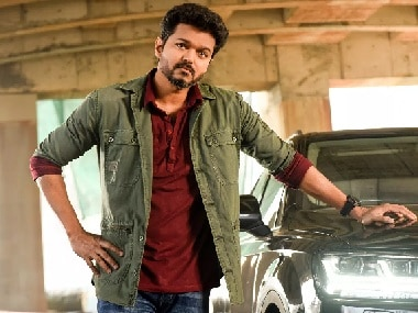 Vijay's Sarkar premieres to great reception at early morning shows, looks at record-breaking opening