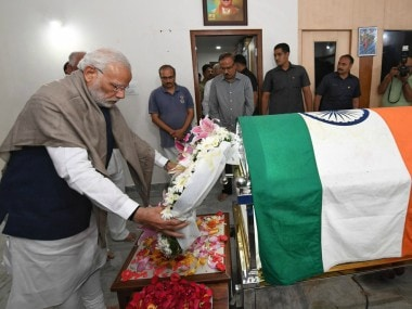 Prime Minister Narendra Modi paying his last respects to Ananth Kumar. Twitter/@narendramodi