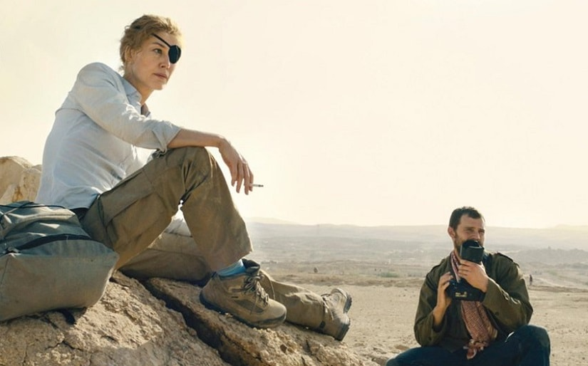 Rosamund Pike in A Private War. Image from Twitter @kstewart_jess