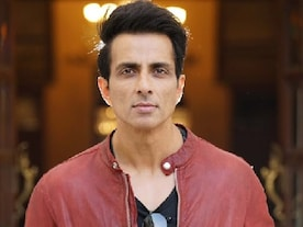 Coronavirus Outbreak: Sonu Sood offers his Mumbai hotel to healthcare workers treating COVID-19 patients