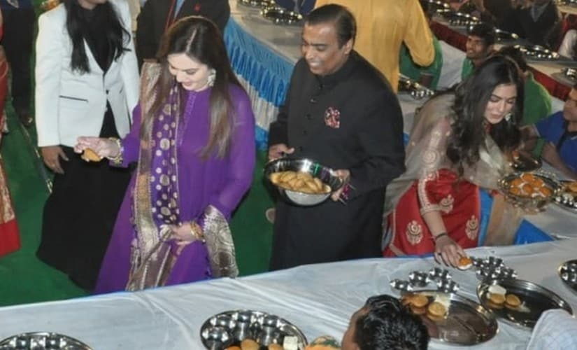 Hillary Clinton, Bollywood stars in Udaipur for Isha Ambani's wedding