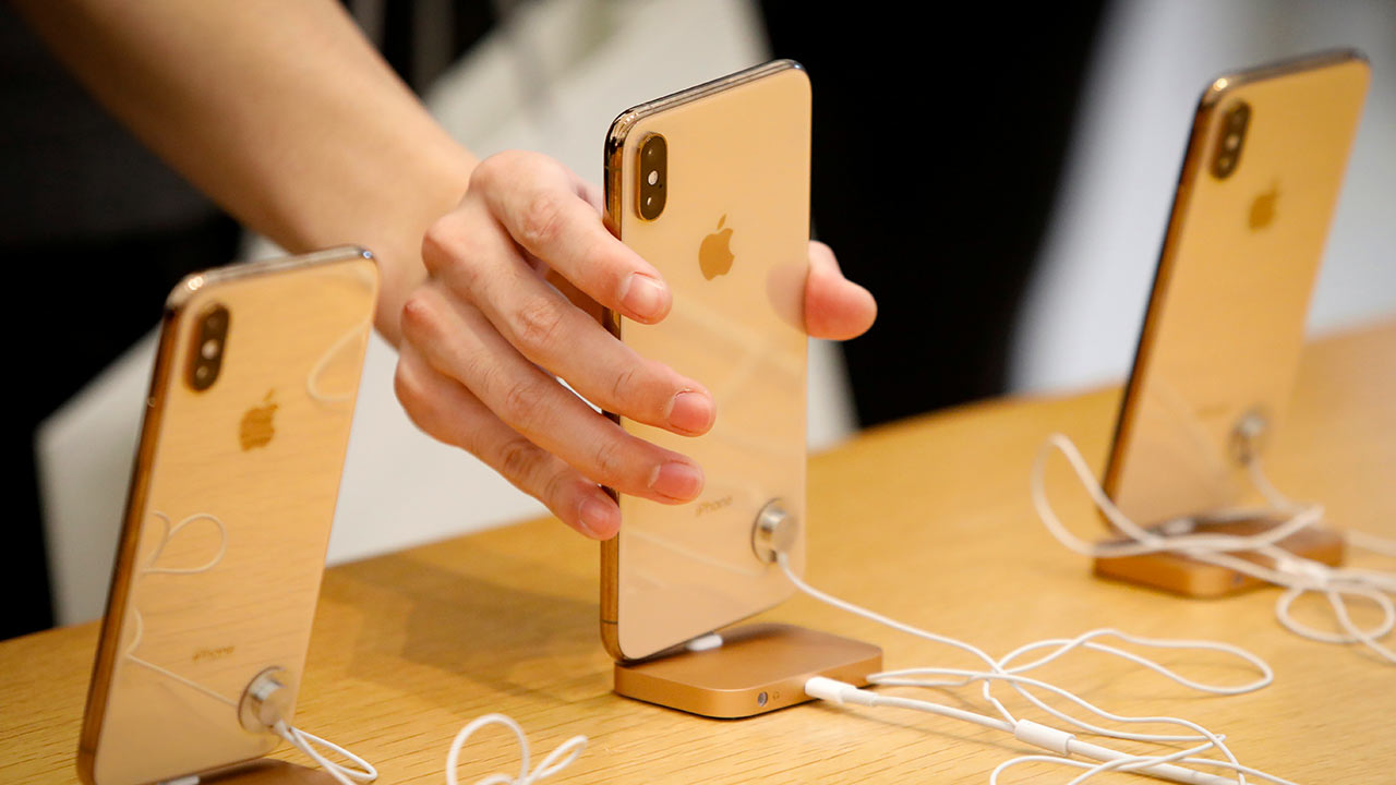 Apple shipped an estimated 43.8 million iPhones in Q2, 2019: IHS report