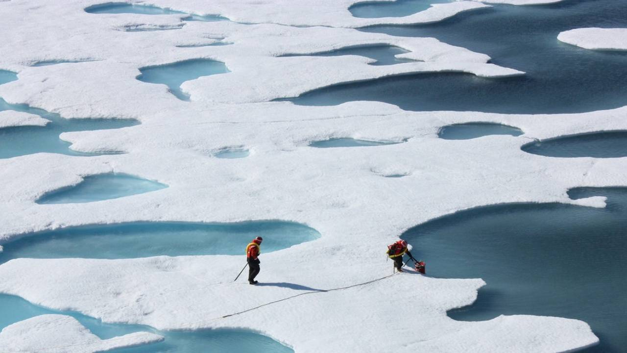 Researchers carrying out an arctic ice mapping experiment. Image: NASA Goddard
