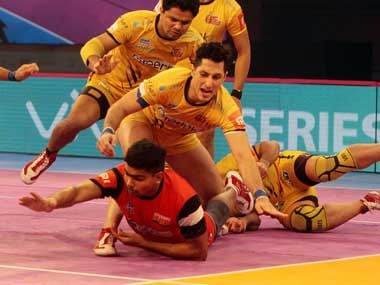Pro Kabaddi 2018: Bengaluru Bulls ensure play-off qualification with thumping win over Telugu Titans