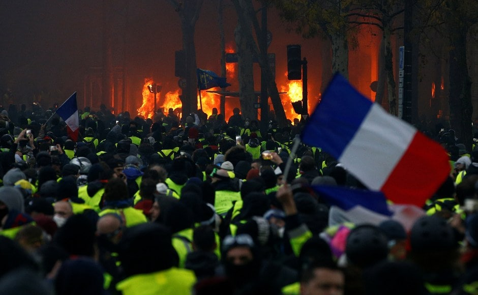 Thousands of French police were deployed to try to contain the violence, which began on 1 December morning near the Arc de Triomphe and continued till night. Reuters