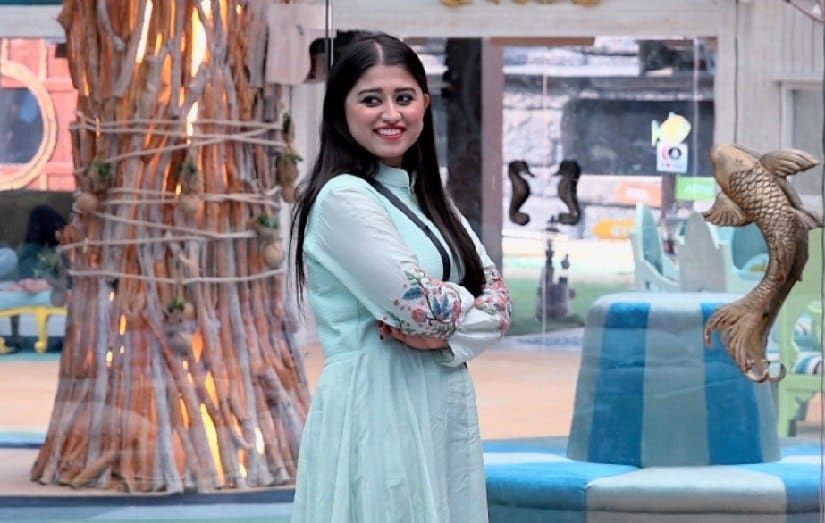 Bigg Boss 12 evicted contestant Somi Khan says she hopes a commoner like Deepak, Romil, Surbhi wins the trophy