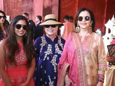 Isha Ambani-Anand Piramal wedding: Nita Ambani, Hillary Clinton visit 'Swadesh Bazaar' showcasing traditional Indian art forms