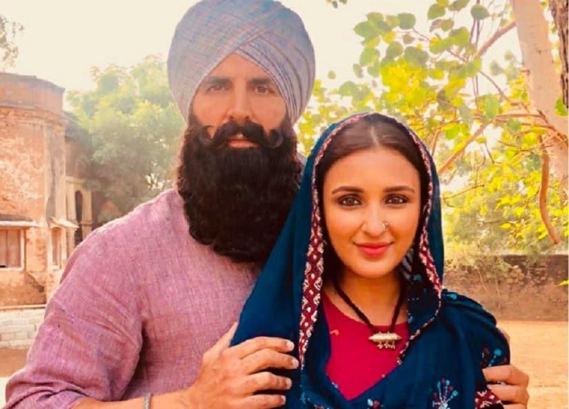 Akshay Kumar and Parineeti Chopra in a still from Kesari