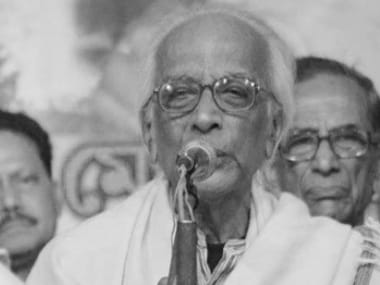 Bengali poet Nirendranath Chakraborty dies at 94 of cardiac arrest; eminent writers note sense of void in his demise