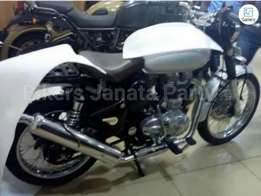 Alleged Royal Enfield Scrambler 500 spotted. Image: ZigWheels