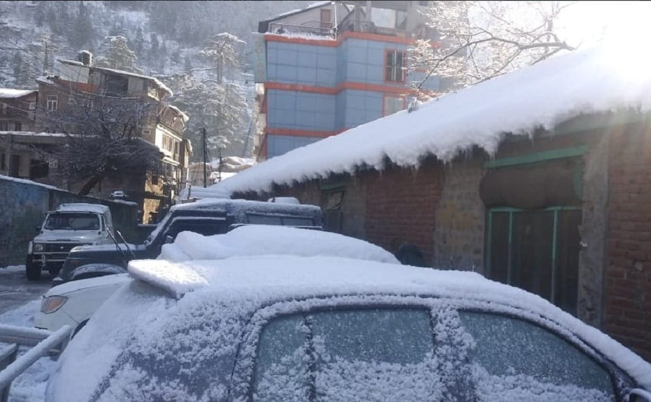 The snowfall, however, drew hordes of tourists as landscapes turned scenic. Seen here is a heavy cover of snow in Manali. ANI