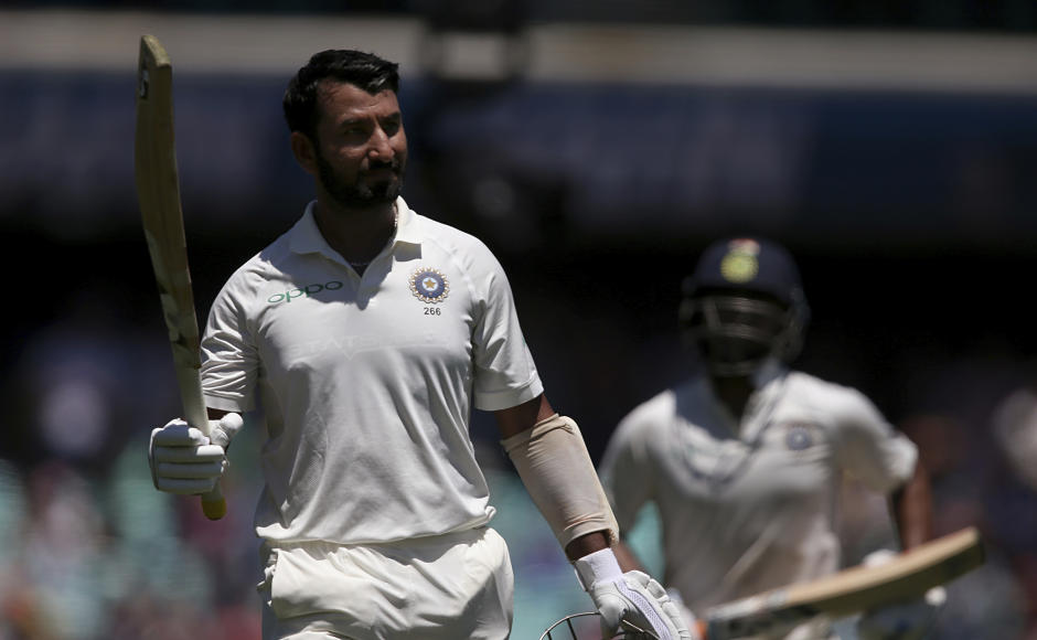 Cheteshwar Pujara added 63 more to his overnight score of 130 runs. He got out on 193, missing out on his first double hundred Down Under. However, when he returned to dressing room, the whole of SCG was at its feet. AP
