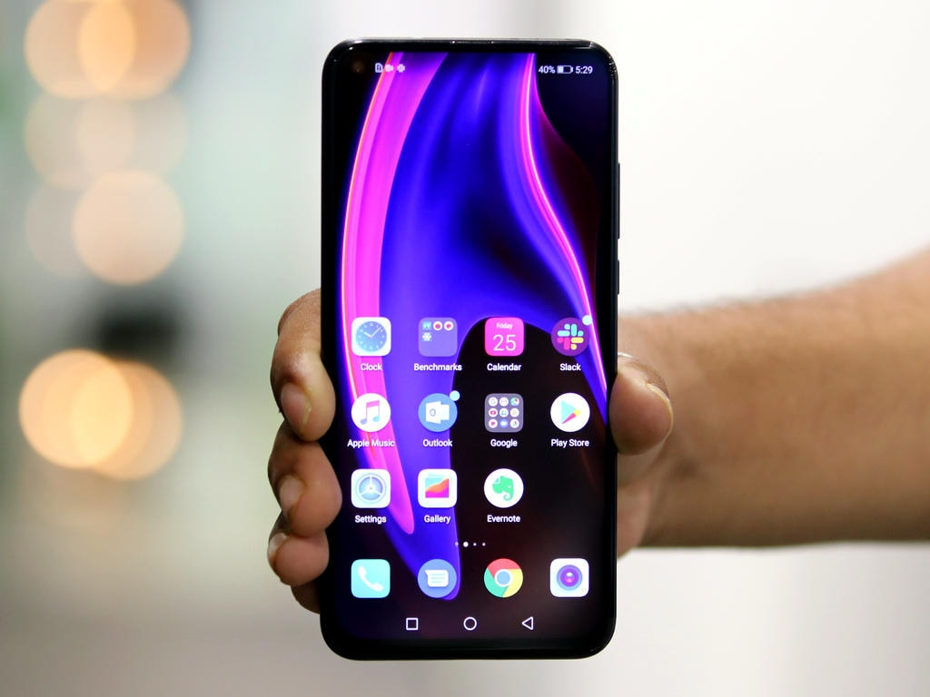 Huawei's Honor presents Honor 20, 20 Pro smartphones