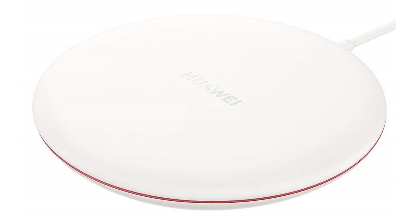 Huaweis wireless charger now available in India on Amazon for a price of Rs 3,999