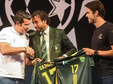 Luis Figo, Ricardo Kaka visit Pakistan as part of World Soccer Stars tour; vow to develop great promise in country