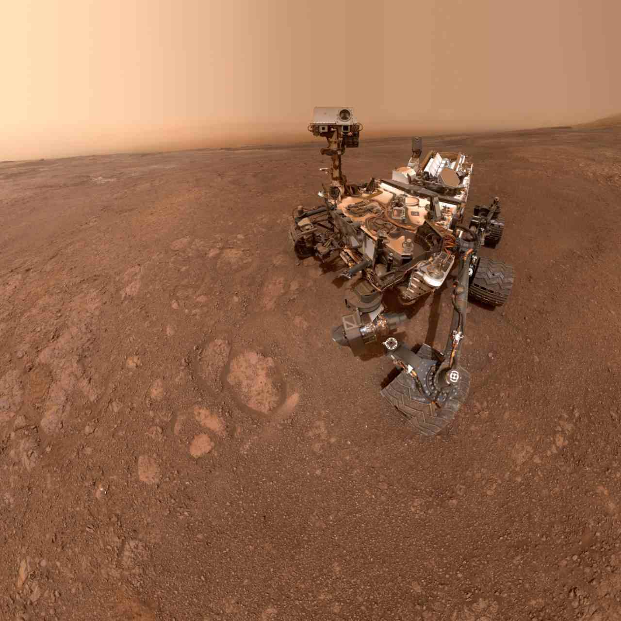 NASAs Curiosity rover clicks one last selfie before leaving Vera Rubin ridge on Mars