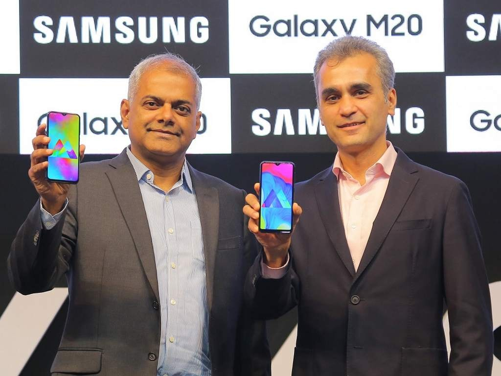 Samsung Galaxy M20 goes on an open sale in India with a price drop of Rs 1,000