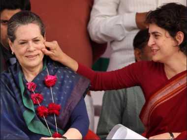 Priyanka Gandhi with her mother Sonia. Twitter/@rekhatripathi