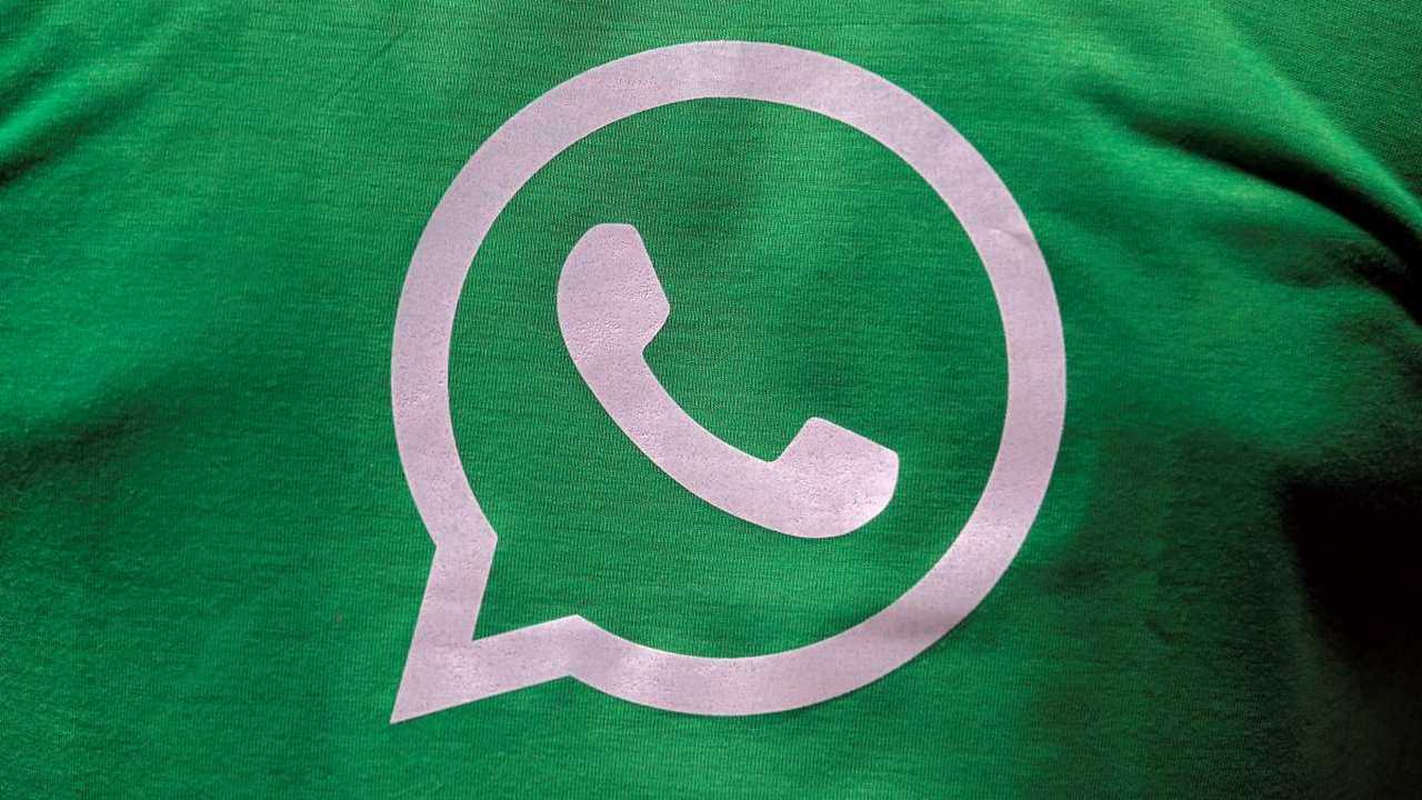 Government urges WhatsApp to add digital fingerprint, gets denied