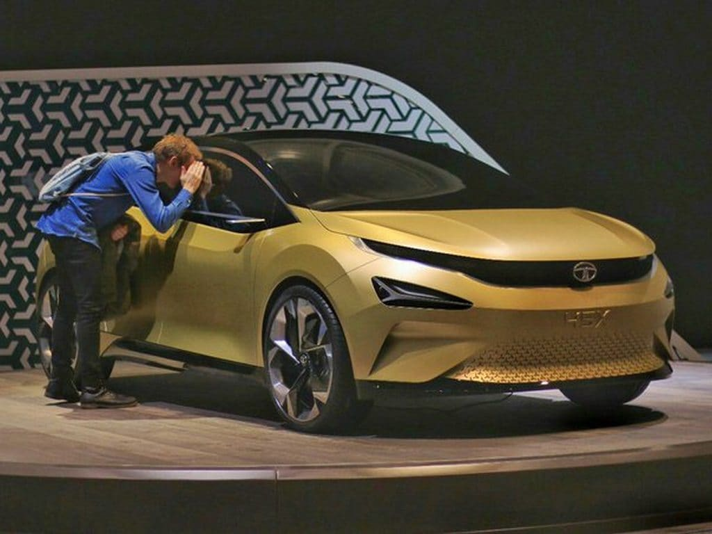 Tata Motors to launch a premium hatchback based on 45X concept in Q2 of 2019