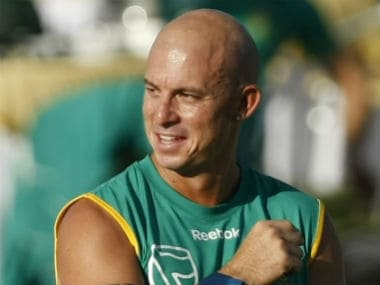 Herschelle Gibbs picks India and England as key World Cup contenders, rues South Africa's lack of an all-rounder