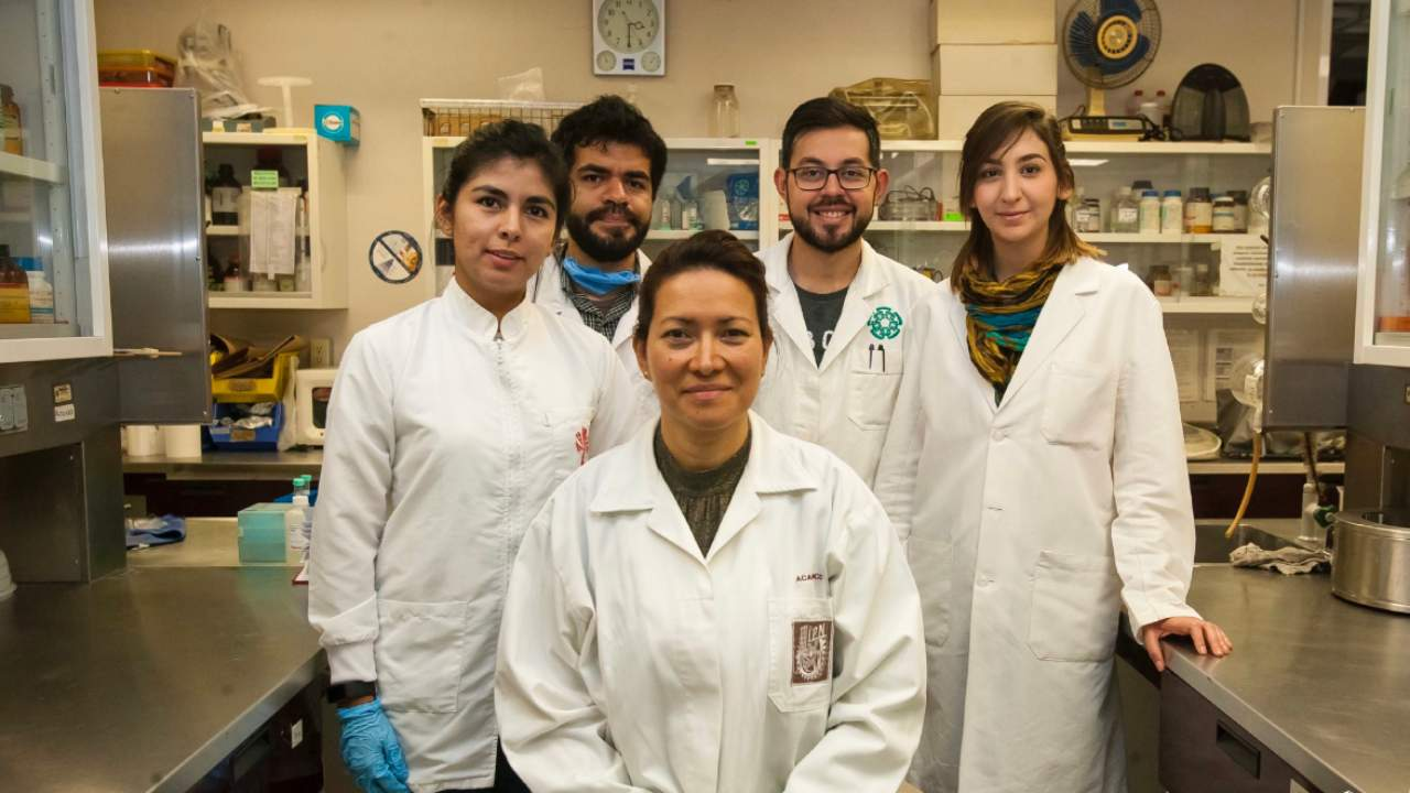 Dr. Eva Ramon Gallegos (center) with her team. Image Courtesy: National Polytechnic Institute