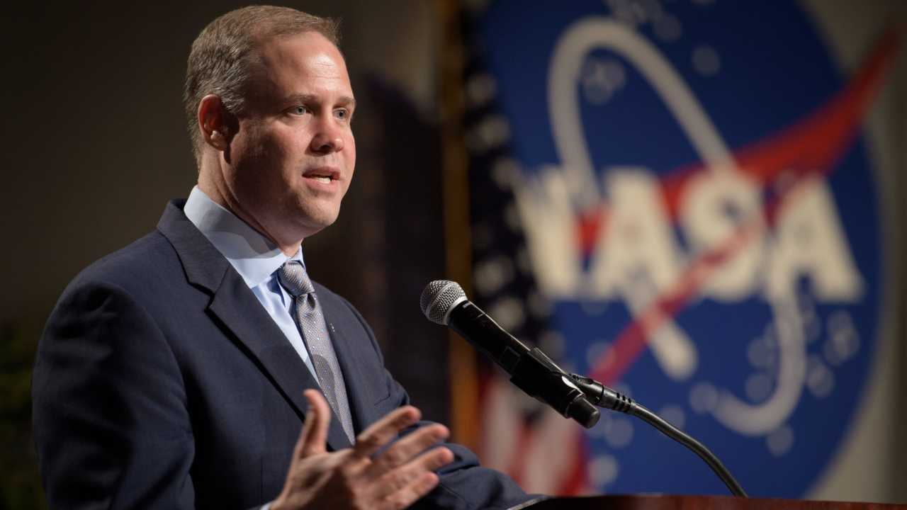 NASA faces delays in the lunar mission, replaces the operation leader for the Armidis 2024 meeting