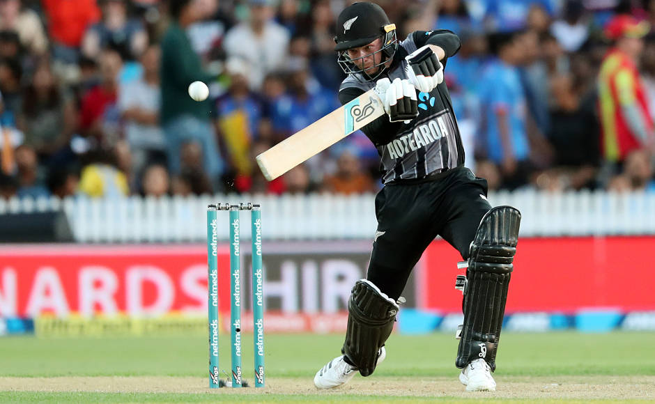 India won the toss and asked the hosts to bat first but the decision backfired a bit as Kiwi openers Tim Seifert and Colin Munro got them to a blazing start, piling up 80 runs in under 8 overs. Seifert was the first wicket to fall but not before hitting 43 off 25 balls. His innings included 3 fours and and an equal amount of sixes. AFP
