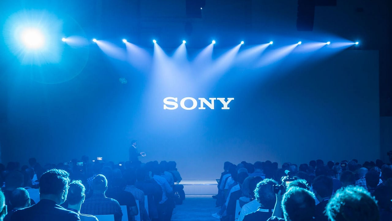 Sony rumoured to be working on a smartphone with roll-up display